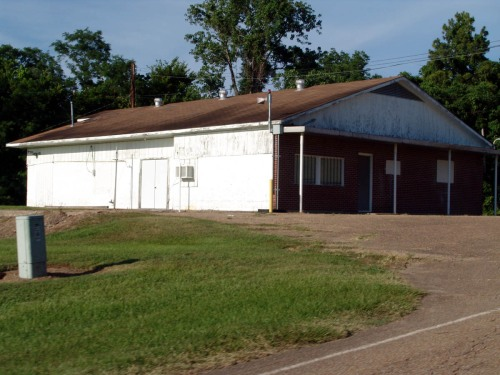 LeTourneau Company Store - 64 years later - May 27, 2011