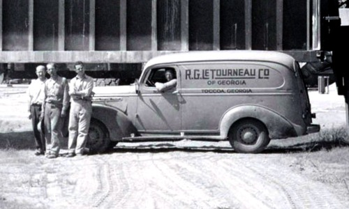 Figure 1. R.G. LeTourneau Co. of Georgia, Toccoa, Georgia, photograph (detail), custom welding van in front of a Tournalayer at the LeTourneau plant circa 1945, courtesy of the Margaret Estes Library, LeTourneau University, Longview, Texas, Robert G. LeTourneau Collection.